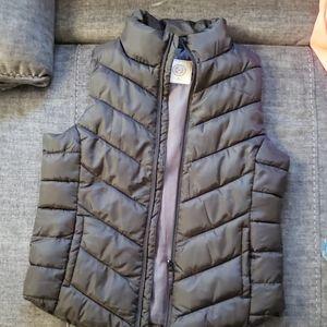 SO! Black puffer vest